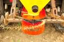 Rozmetadlá na výsev tráv a hubenie slimákov